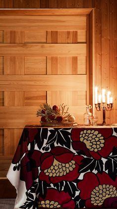 Meille joulu on rakkautta, välittämistä ja vastuullisia lahjoja, jotka ovat tehty kestämään vuodesta toiseen. Home Decor, Decoration Home, Room Decor, Home Interior Design, Home Decoration, Interior Design