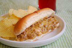 What's Cookin, Chicago?: Cheesy Grub Sandwiches