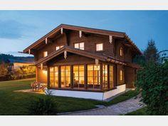 Traditionell - #Einfamilienhaus von Rubner Haus AG | HausXXL #Landhaus #Stadtvilla #Blockhaus #Ökohaus