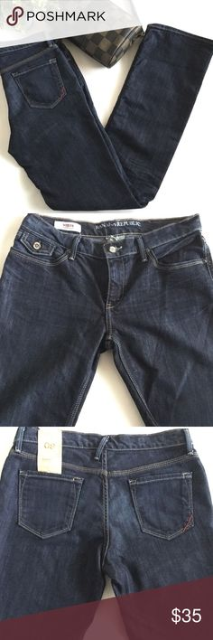 "Banana Republic Modern Bootcut Jeans Serengeti wash.  Measures about 16"" across the waist band, 8.5"" front rise, 33"" inseam.  60% cotton 40% elastic polyester.  Machine wash cold.  No trades. Banana Republic Jeans Boot Cut"