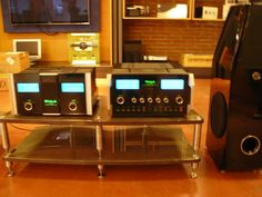 BASSOCONTINUO REFERENCE LINE model Ghironda with McIntosh and MBL loudspeakers