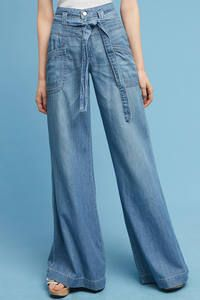 From bootcut crops to wide-leg jeans to embellished boyfriend denim, I'm rounding up my five favorite fall denim trends to try right now! High Waisted Denim Jeans, Wide Leg Denim, Blue Denim Jeans, High Waist Jeans, Wide Legs, Estilo Jeans, Denim Trends, Denim Outfit, Denim Fashion