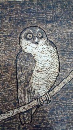 Coruja feito com pirografia.