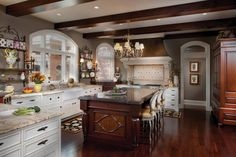 Superieur What Trending Kitchen Amp Bath Cabinets And Accessories View Interior Trend  Cabinet Refacing Lowes