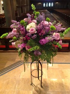 Lavender colored flowers for a wedding