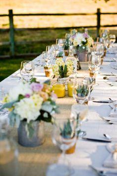 Burlap wedding table runner - borrow some hessian from the nursery?