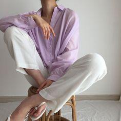 Violet Aesthetic, Lavender Aesthetic, Korean Aesthetic, Aesthetic Images, Aesthetic Vintage, Lilac Sky, Pastel Purple, Shades Of Purple, Lavender Green