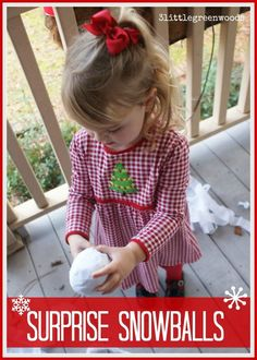 Best Diy Crafts Ideas Searching for inexpensive DIY Christmas gifts for kids on your shopping lists? Then you are going to love these Surprise Snowballs! It's a simple Christmas craft made from Dollar Store supplies. Christmas Projects For Kids, Diy Christmas Gifts For Family, Easy Christmas Crafts, Christmas Countdown, Kids Christmas, Simple Christmas, Kids Holidays, Christmas Parties, Christmas Games