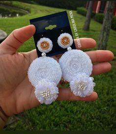 Diy Tassel Earrings, Indian Jewelry Earrings, Earrings Handmade, Unique Jewelry, Jewelry Gifts, Flower Earrings, Pearl Earrings, Silk Thread Earrings Designs, Beaded Earrings Patterns