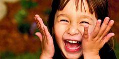 """Olá pessoal!! Os Benefícios do riso para saúde são diversos, além disso o riso é muitas vezes chamados de o melhor remédio para saúde. Será que ele é realmente? Quando você lê este artigo, você vai… """"A magia, a maravilha, o mistério e a inocência do coração de uma criança são as sementes de criatividade que vão curar o mundo"""". Acredito nisso! Michael Jackson"""