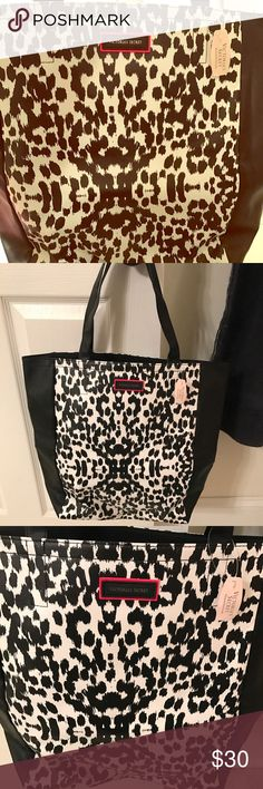 ❤️SALE! NWT Victoria's Secret black and white tote Cute new with tags Victoria's Secret black and white cheetah print large tote great condition Victoria's Secret Bags Totes