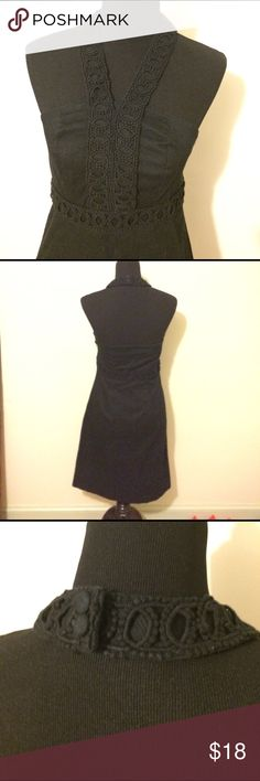 Black Merona Halter Neck Dress w/ embellished neck Black Merona Halter Neck Dress with embellished neckline and waist belt. Size 6. Perfect LBD. One of the hanging straps broke (see last photo) but it has been tied off and is holding up perfectly fine. The dress itself is in excellent condition and has only been worn once. I ship daily and am open to trades if you have one of my ISOs (listed in my closet). Will consider all offers! 20% off all bundles of 2+ items, always! Merona Dresses Midi