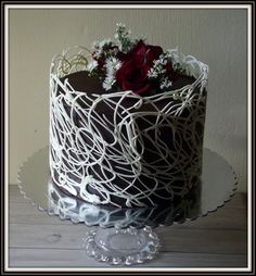 White Chocolate Ganache Cake Decorating Ideas : 1000+ ideas about Chocolate Lace Cake on Pinterest Lace ...
