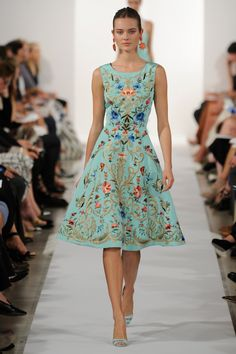 Oscar de la Renta Pre-Fall 2012 Collection - Like everything about this…
