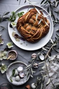 Earl Grey, Sesame and Cassonade Weave Bread