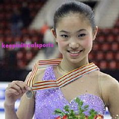 Happy Birthday: Caroline Zhang  1993 - Caroline Zhang is an American figure skater. She is the 2010 and 2012 Four Continents bronze medalist, the 2007 World Junior Champion, the 2006–2007 Junior Grand Prix Final Champion, the 2009 U.S. bronze medalist and the 2008 and 2012 U.S. pewter medalist.  keepinitrealsports.tumblr.com  keepinitrealsports.wordpress.com