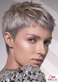Hair Styles For Women Textured pixie in cool blond shades – Pixie Hairstyles Pictures – COSMOTY. Super Short Hair, Short Grey Hair, Short Blonde, Short Hair Cuts For Women, Short Hair Styles, Prom Hairstyles For Short Hair, Short Pixie Haircuts, Pixie Hairstyles, Short Bangs