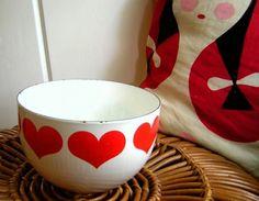 if I ever find Vintage Arabia Finland Finel Kaj Franck Red Heart Bowl, I will pee in my pants. Dream thrift score! (sold item fr. blueflowervintage)