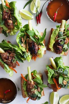 Vietnamese Lemongrass Skewers (with Nuoc Cham Sauce) Asian Recipes, Healthy Recipes, Ethnic Recipes, Grilling Recipes, Cooking Recipes, Vegetarian Grilling, Healthy Grilling, Barbecue Recipes, Barbecue Sauce