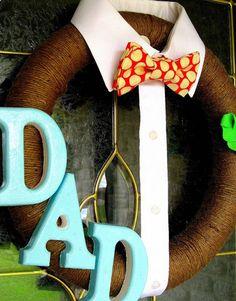 Dad Wreath for Fathers Day. This Fathers Day Craft and More Ideas on Frugal Coupon Living. Holiday Wreaths, Holiday Crafts, Holiday Fun, Holiday Decorations, Christmas Holiday, Fathers Day Crafts, Happy Fathers Day, Cute Fathers Day Ideas, Happy Daddy