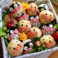 さやか's dish photo アンパンマンとバイキンマンのおにぎり♡ #SnapDish Japanese Bento Lunch Box, Japanese Sweets, Japanese Food, Cute Food Art, Food Art For Kids, Kawaii Bento, Cute Bento, Bento Recipes, Baby Food Recipes