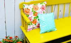 Decorate the Backyard with DIY Oilcloth Pillows
