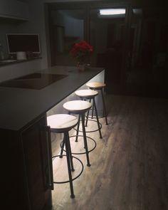 #kitchen #breakfastbar #barstools #kitchenisland #greykitchen #openplankitchen