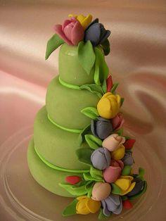 Tulip Cake Decoration