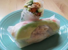 Just made these spring rolls from Jerilyn's blog. The peanut sauce is the bomb and the rolls are so fresh!
