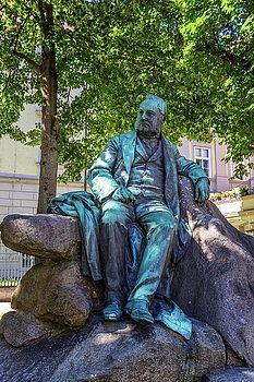 Adalbert Stifter statue in Linz, Austria by Elena Duvernay French Trip, Geneva Switzerland, Travel Around Europe, Austria Travel, Framed Prints, Canvas Prints, Famous Places, Travel Photos, Fine Art America