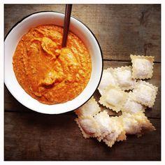 Sauce tomate à la ricotta (faite au thermomix) pour accompagner des ravioli ou des pâtes