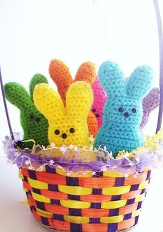 Easter Peep crochet bunnies - Aunt Reinsch, I think Liam would love you forever if you made him some. Holiday Crochet, Easter Crochet, Crochet Bunny, Cute Crochet, Crochet Crafts, Crochet Toys, Crochet Projects, Easter Peeps, Hoppy Easter