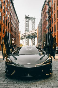 The McLaren held the world record for the fastest production car in the world for many years. The car was first produced in 1992 and still looks great today. Super Sport Cars, Super Cars, Car In The World, Modified Cars, Car Wallpapers, Amazing Cars, Awesome, Fast Cars, Car Pictures