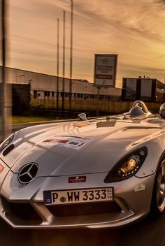 Visit The MACHINE Shop Café... ❤ The Best of Mercedes-Benz ❤ (Mercedes SLR 'Stirling Moss')