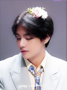 Image about kpop in Kim Taehyung by ARMY on We Heart It Bts Taehyung, Jimin, Bts Bangtan Boy, Foto Bts, Bts Photo, Daegu, Billboard Music Awards, Seokjin, Namjoon