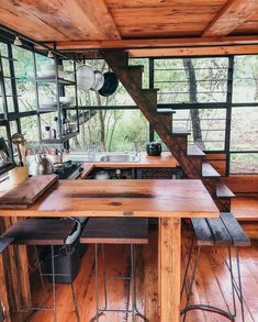 Tiny House Cabin, Tiny House Living, Cabin Homes, Cabin Design, Tiny House Design, Cabin In The Woods, Cabins And Cottages, Tiny Cabins, Tiny Spaces