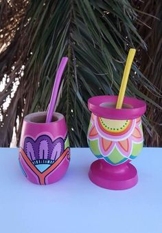 Resultado de imagen para mates pintados Painted Flower Pots, Painted Pots, Pebble Painting, Painting On Wood, Paper Mache Bowls, Baby Deco, Diy And Crafts, Arts And Crafts, Edible Arrangements