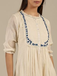 Simple Kurta Designs, Stylish Dress Designs, Kurta Designs Women, Sleeves Designs For Dresses, Dress Neck Designs, Cotton Dresses Online, Dress Online, Fancy Kurti, Indian Designer Outfits
