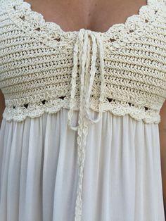 Crochet Fabric - Love Crochet Crochet fabric patterns afghan patterns History of Knitting String spi. Bikini Crochet, Crochet Yoke, Crochet Fabric, Crochet Blouse, Crochet Poncho, Crochet Baby, Crochet Gratis, Crochet Blankets, Baby Knitting Patterns