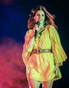 Lana Del Rey performing at Outside Lands #LDR