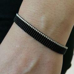Diy Jewelry Projects, Jewelry Crafts, Handmade Jewelry, Bracelet Crafts, Loom Bracelets, Friendship Bracelet Patterns, Friendship Bracelets, Beaded Jewelry Patterns, Beaded Rings