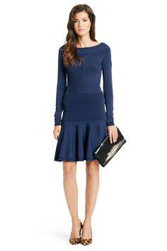 18 meilleures images du tableau La Robe Portefeuille   Wrap Dress ... 61775b248618