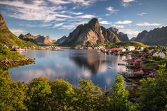 The small fishing village Reine on Lofoten islands must be one of the most beautiful places I've seen. The scenery totally delivers what you expect when you think about this beautiful archipelago in the north of Norway.