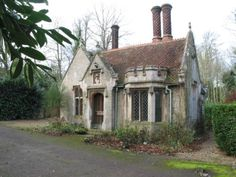 HENGRAVE CLOCKMAKERS COTTAGE IN uk