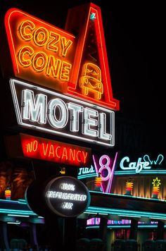 Cozy Cone Motel sign in Carsland - Disney's California Adventure