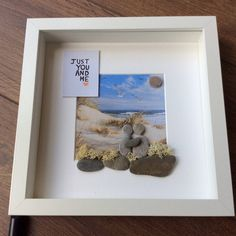 Pebble Art Couple, gift for her, gift for couple, wall art, wall decor, Wedding gift, engagement gift, mr and mrs gift, anniversary gift, by ThePebbleartShack on Etsy