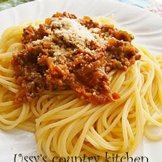 It looks like regular meat sauce, but when you taste it you're in for a surprise - it's gochujang and miso sauce!