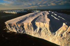 Icebergs off the coast of Adélie Land, Antarctica