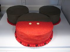 DIY Mickey Mouse Cake