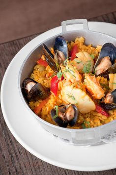 Favela Cubana NYC Restaurant Recipes, Seafood Recipes, Fish Paella, Ny Food, Food Reviews, Nyc, Ethnic Recipes, Ocean Perch Recipes, Restaurant Copycat Recipes
